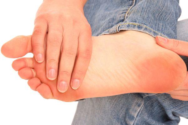 Діабетична полінейропатія кінцівок: симптоматика, тактика лікування