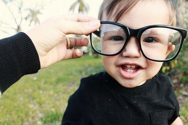 Як перевірити зір дитини