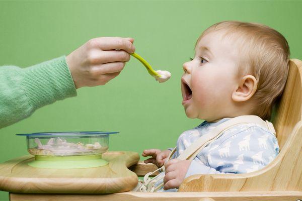 Помилки батьків при годуванні дітей